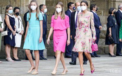Королева Летиція та її доньки в ніжних образах з'явилися на святі в Сантьяго-де-Компостела