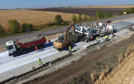Зведення траси Одеса-Херсон з бетону остаточно затвердили