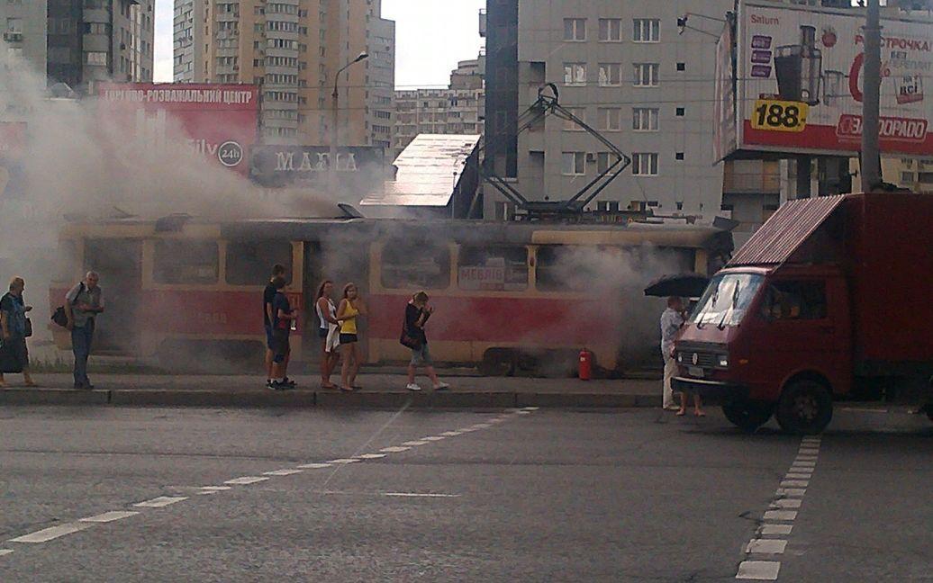 На Позняках згорів трамвай / © Фото: Олена Буруль