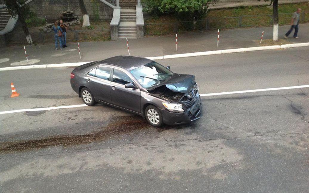 """Автівка ДАІ протаранила """"Тойоту"""", кажуть очевидці / © https://www.facebook.com/vm.lytvyn"""