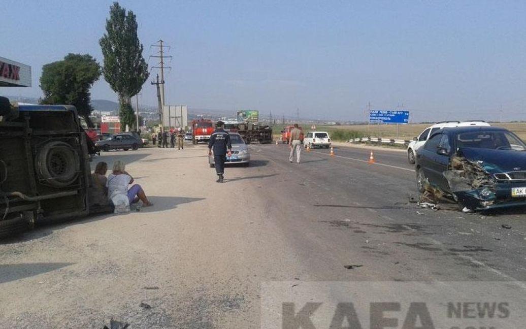 Під Феодосією сталася масштабна аварія / © kafanews.com