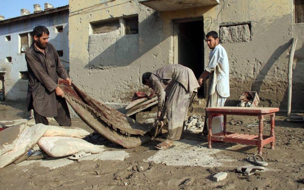 Наслідки повені в Афганістані / © Фото EPA/UPG