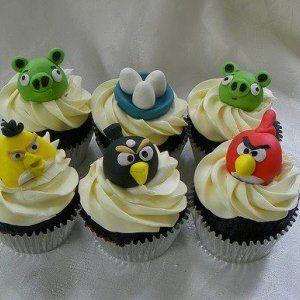 Культові Angry Birds стали героями для тістечок і тортів