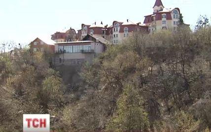 У Києві Батиєва гора руйнується і перетворюється на сміттєзвалище