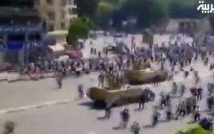 Танки і стрілянина на вулицях Каїра: військові вбили трьох прихильників президента - ЗМІ