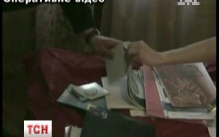 Шахраї заробили 15 млн грн, продаючи квартири киян без їхнього відома