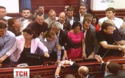 Попов запланував позачергову сесію Київради замість зірваної опозицією
