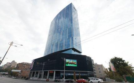 Співробітники київського бізнес-центру масово отруїлися обідами