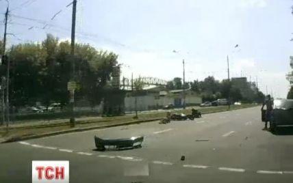"""""""Небідний"""" водій іномарки обіцяє вилікувати збитих ним мотоциклістів"""