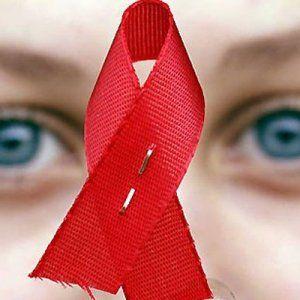 Больные СПИДом украинцы вынуждены терпеть травли и самостоятельно бороться с болезнью