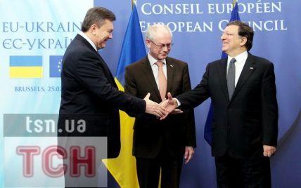 Ромпей і Баррозу мовчки залишили місце зустрічі з Януковичем