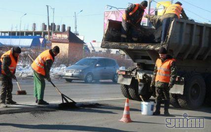 У приватних секторах Києва відремонтують дороги
