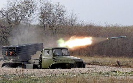 """Російські військові хочуть зірвати перемир'я і обстріляти Донецьк з """"Градів"""" – Тимчук"""