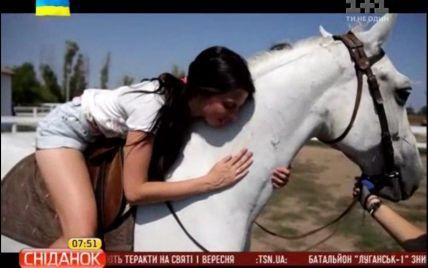 На Одещині туристам пропонують зробити зарядку на конях