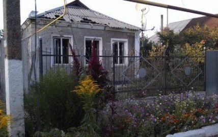 Боевики обстреляли дома мирных жителей в Авдеевке, ранен пенсионер