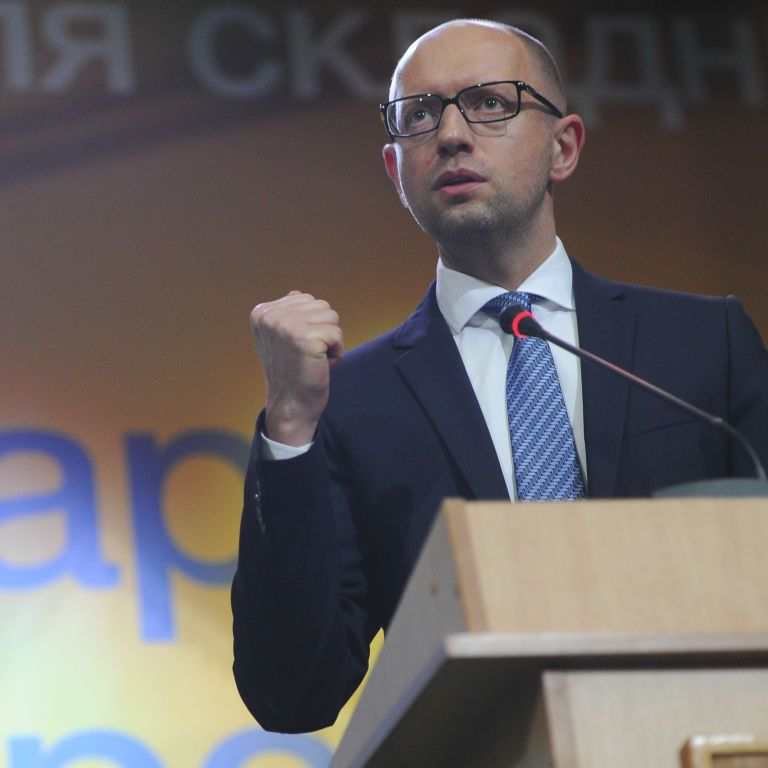 Яценюк обещает украинцам кредиты и компенсации за установку негазовых котлов
