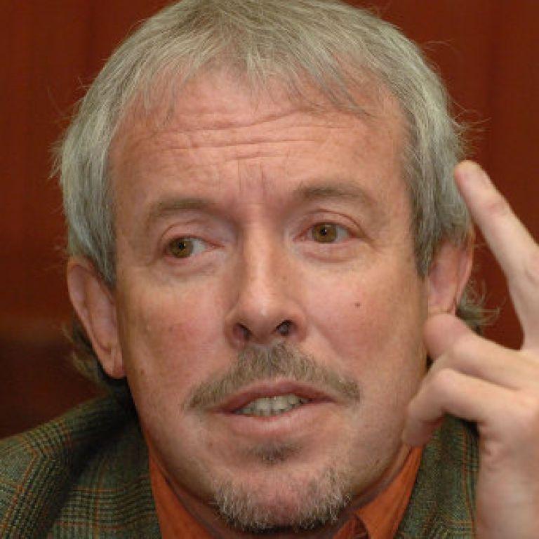 Министр культуры России встал на защиту Андрея Макаревича