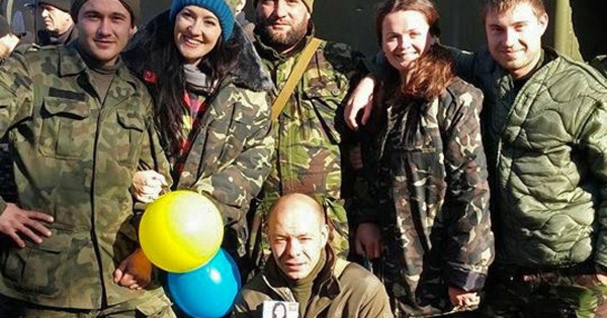 Вітвіцька та Мустанг побували в зоні АТО / © globuslife.ru