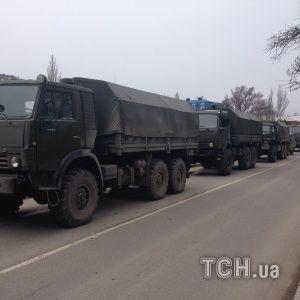 Под предлогом ликвидации последствий наводнений: РФ продолжает стягивать войска в Крым