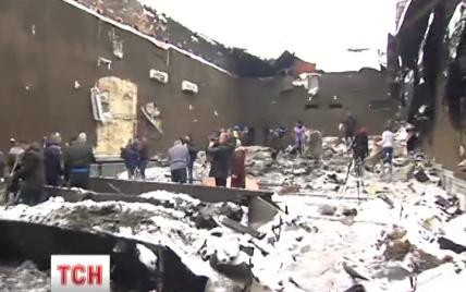 """Кличко підписав розпорядження про реконструкцію згорілого кінотеатру """"Жовтень"""""""
