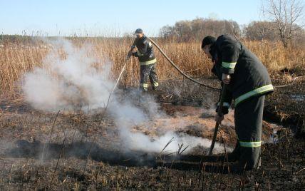 Под Киевом уже в трех районах горят торфяники