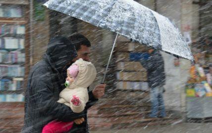 Найближчими днями в Україні буде сніжно і вітряно