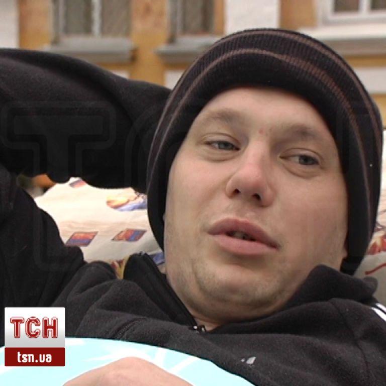 28-річний боєць Олег Івахнюк сподівається на допомогу небайдужих!