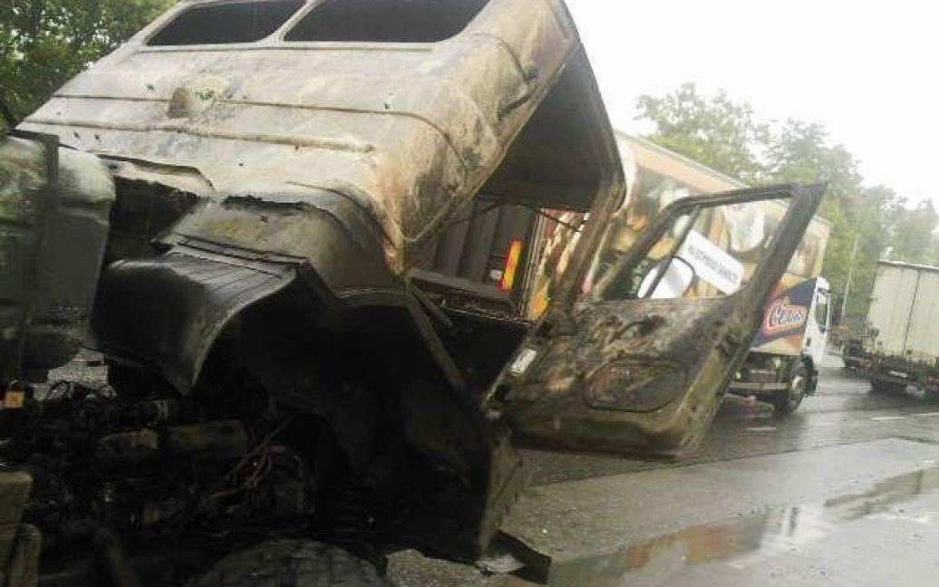 Кабина авто выгорела дотла / © Магнолія-ТВ