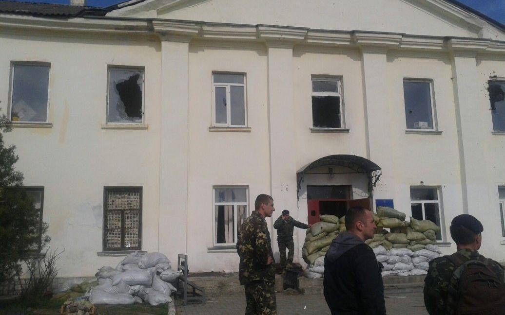Воинскую часть в Феодосии начали штурмовать на рассвете / © euronews.com