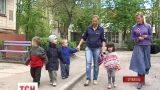 В Тернополе живет женщина, которая родила три пары двойняшек