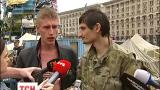 На Грушевского в Киеве начали разбирать баррикады из шин и брусчатки