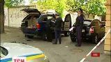 Милиция пытается задержать трех вооруженных мужчин, которые скрылись от ГАИ