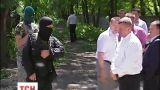 В Киеве вооруженные люди окружили частную штрафплощадку