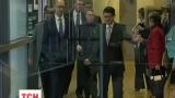 Рейсовым самолетом Яценюк полетел на встречу с европейскими чиновниками