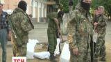 На Донбассе сепаратисты начали отбирать у людей машины