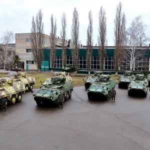 В Луганск ввели БТРы из-за захваченной СБУ - источник
