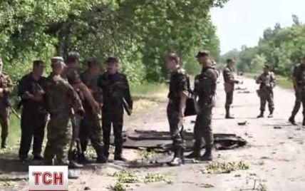 На Волыни жены и матери мобилизованных солдат перекрыли трассу из-за бойни под Волновахой