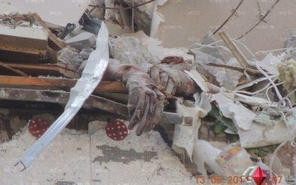 В Николаеве на руинах многоэтажки нашли еще одно тело погибшего