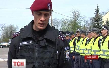 В Николаеве гаишники тренировались останавливать вооруженных водителей на блокпостах