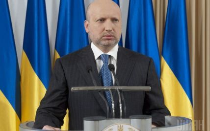 Турчинов обвинил Россию в попытках сорвать выборы на Востоке Украины