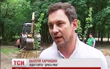 В Киеве высадили памятную аллею в честь погибших во время АТО военных