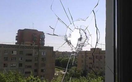 В Краматорске возобновились бои, в одном из микрорайонов возник сильный пожар - источники