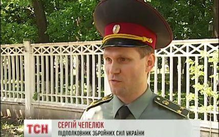 В Киеве из общежития выгоняют военных