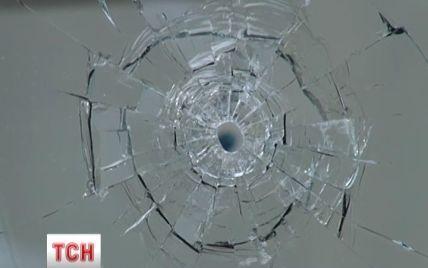 В центре Киева машина со стрелком загадочно осталась незамеченной