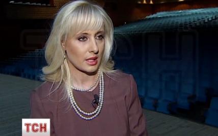 """Білява директорка Палацу """"Україна"""" запевняє, що зможе відродити заклад"""