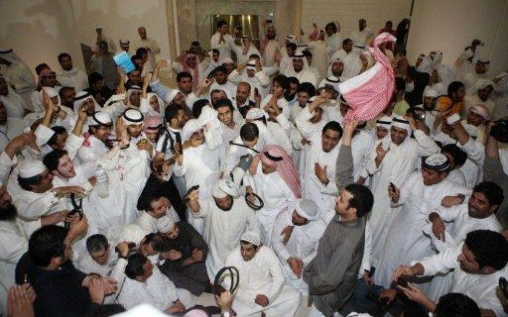 Демонстранти захопили парламент Кувейту. Фото з місця події / © AFP