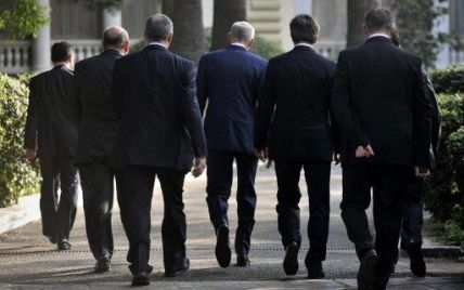 """Долю Європи визначатиме тіньовий уряд - """"клан восьми"""""""