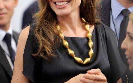 Анджеліну Джолі визнано почесною громадянкою Сараєво