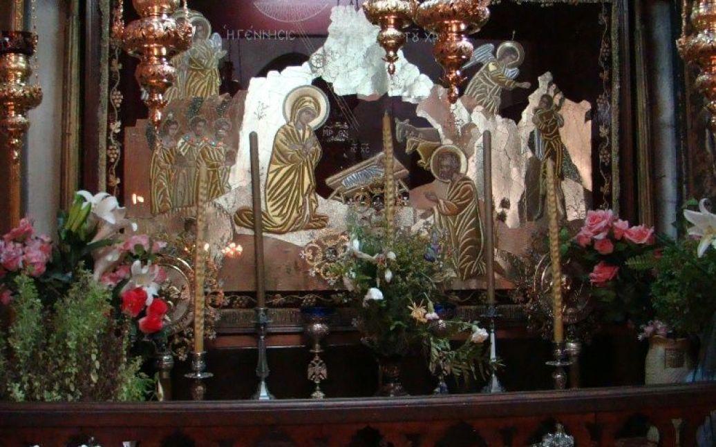 Убранство храма Рождества Христова в Вифлееме. Фото Дмитрия Шаповалова / © euronews.com