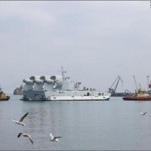 Украина срочно отправила в Китай десантный корабль, опасаясь нападения России